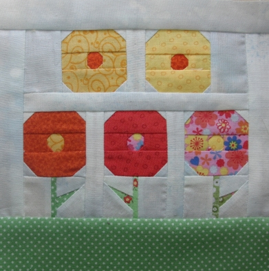 Paper pieced flower block