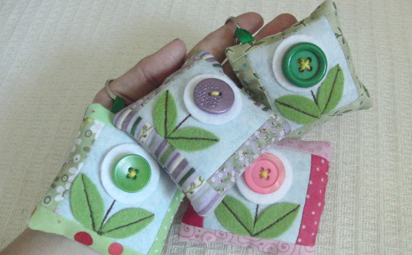 Small patchwork bag charm – FREEPATTERN